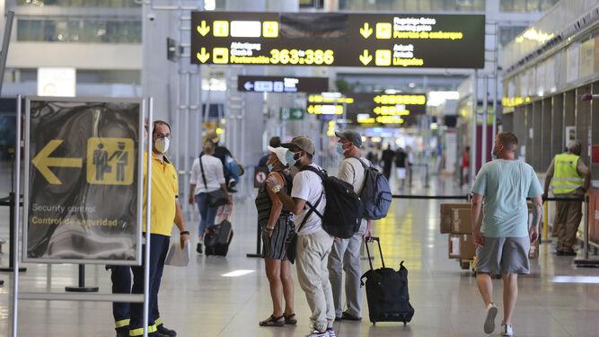 El aeropuerto de Málaga es el tercero de España que recibe más viajeros del extranjero 1