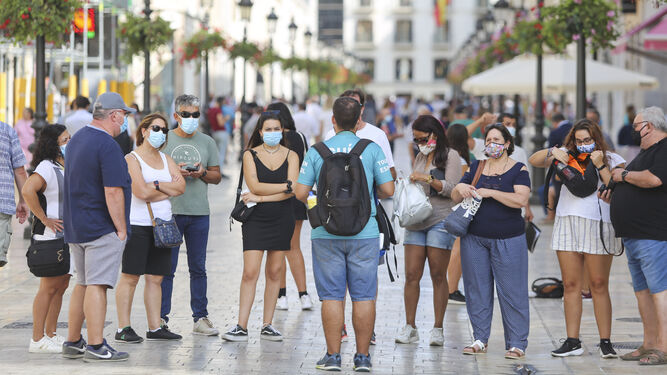 atiende-grupo-turistas-Larios-Malaga_150