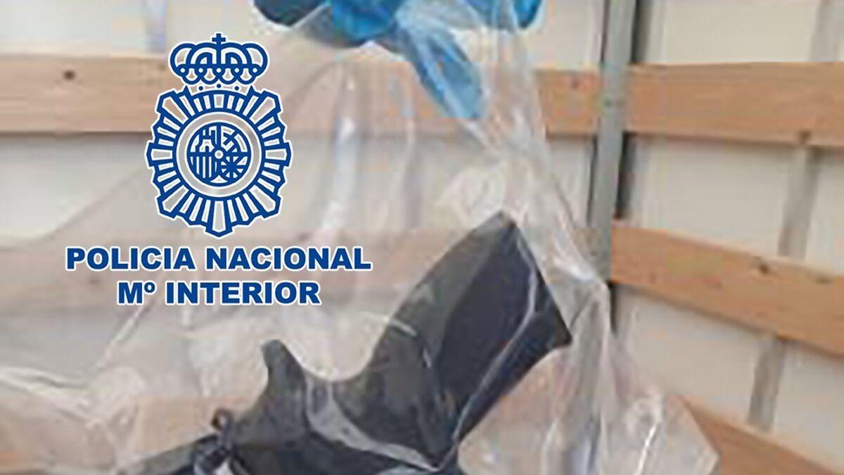 Una banda criminal con vínculos en Málaga utilizaba una infraestructura de comida india para traficar con armas 2