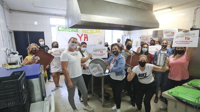 Familias de los colegios de compensatoria Guadaljaire y Francisco de Goya de Málaga exigen el comedor 2