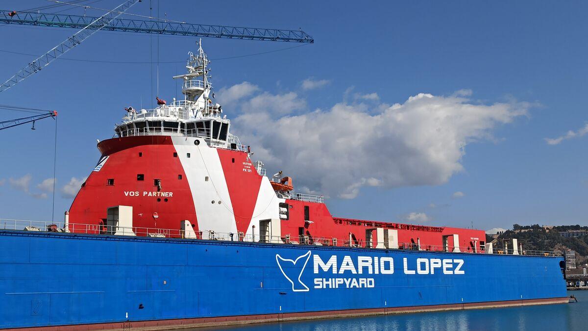 Primeiro navio 'ovo' a chegar ao porto de Málaga.
