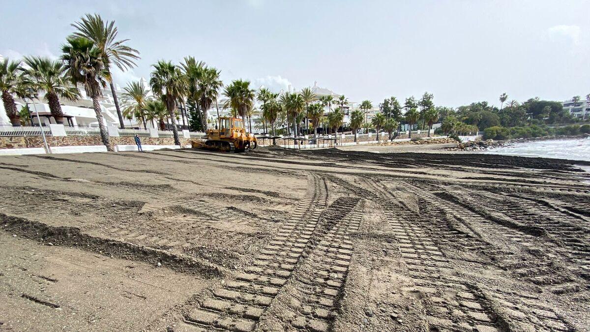 Estepona solicita al Gobierno central aportes de arena para seis playas