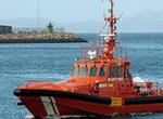 Rescatados tres inmigrantes en un kayak frente a la costa de Fuengirola