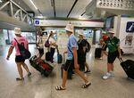 El alcalde de Málaga propone mensajes de concienciación en el aeropuerto para ayudar a frenar el Cov ...
