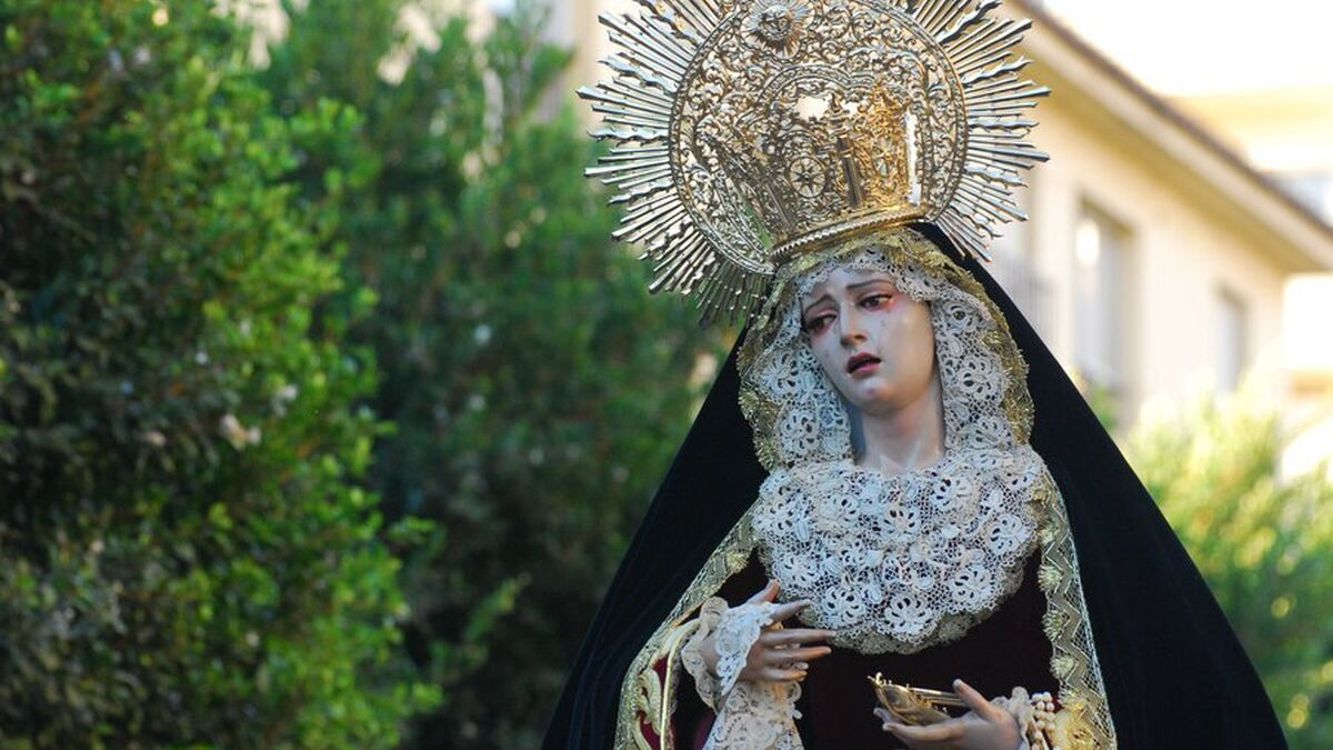 Tres rosarios marcan la agenda cofrade de la festividad del Pilar en Málaga