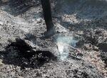 Reparten agua a vecinos de pueblos afectados por el incendio de Sierra Bermeja